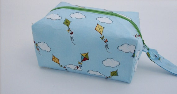 Small Zippered Project Bag - Springy Kites and Blue Skies