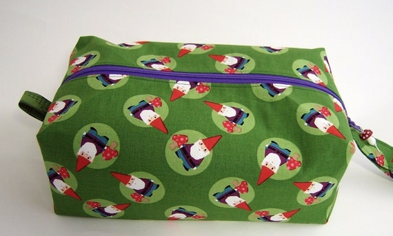 Medium Zippered Project Bag - Garden Gnomes and Vegetables