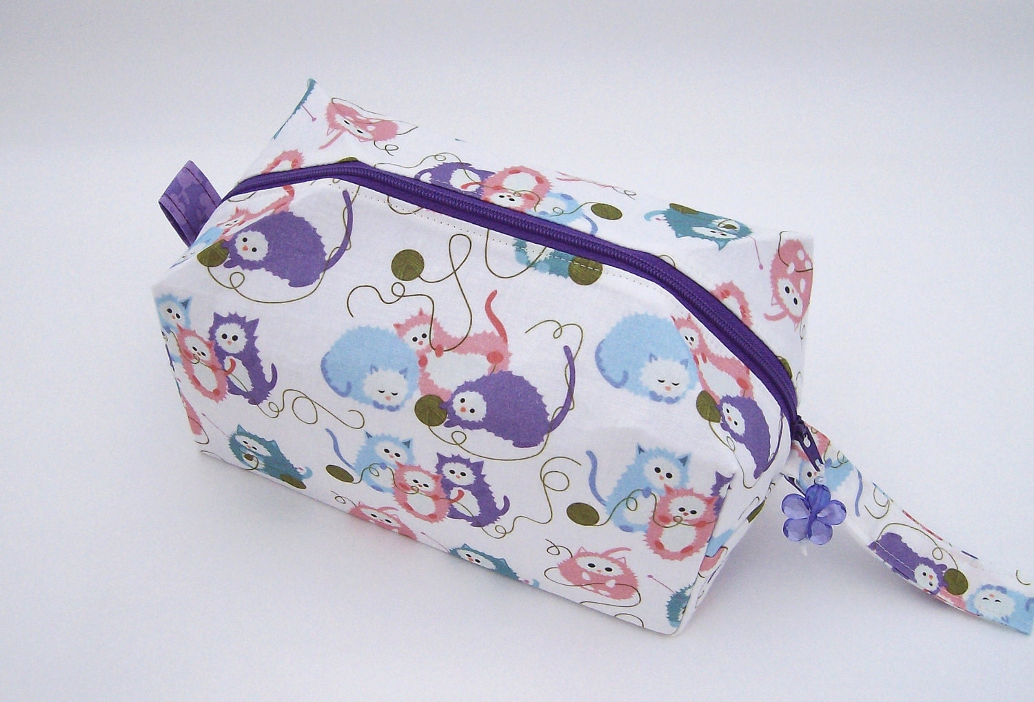 Zippered Knitting Bag : Small zippered project bag knitting kittens