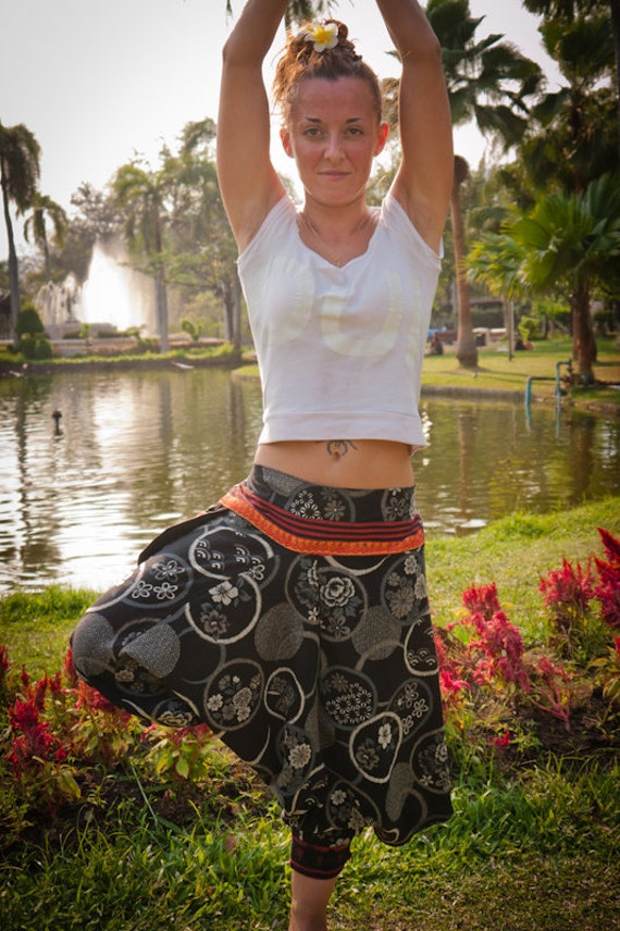 Thai Harem / Capri Pants, Batik Cotton, Akha / Hmong Style in Grey Design w Orange Details(S-L) one size fits all