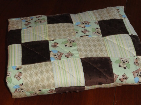 OWL, Patchwork Flannel and Minky Baby Quilt with baby owls, Soft greens, browns