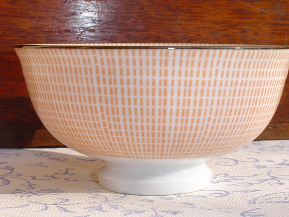 Gorgeous Small Sized Pink Café au Lait Bowl with Delicate Design Found in France