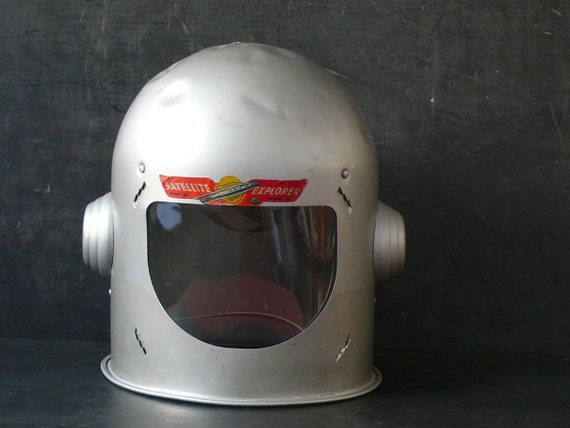 1950's Mirro Satellite Explorer Aluminum Space helmet.