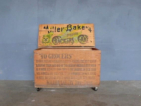 Vintage Miller Bakery Box/Crate