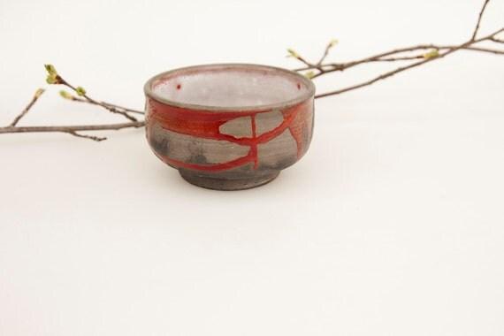 teacup - tea cups - red and black  tea bowl