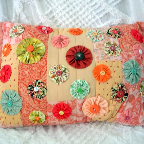 Vintage Style Pillow Made with Vintage Quilted Material in Pinks Cream Peach Floral Patterned Yo Yos with Vintage Buttons OOAK Vintage Style