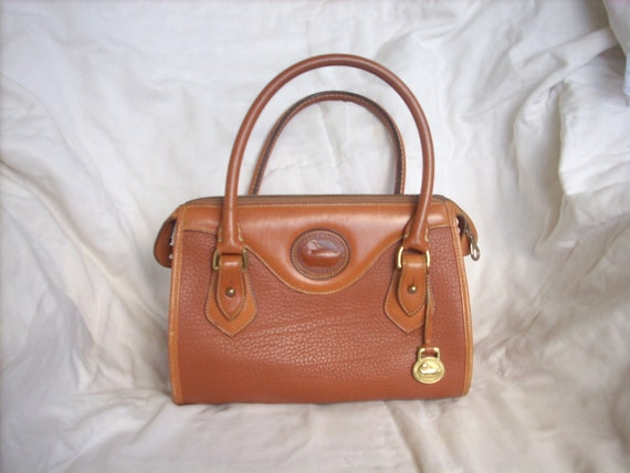 Vintage Dooney and Bourke Satchel Purse All Weather Leather Tan Vintage Style Pebbled Leather Tote Baguette 1980's