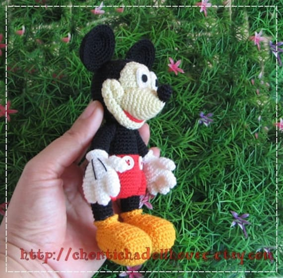 Patron Amigurumi Mini Mouse : Art?culos similares a Mickey Mouse - 6inches amigurumi ...
