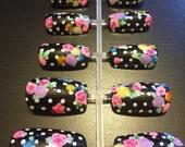 False / Fake nails - Polka dot floral nail art