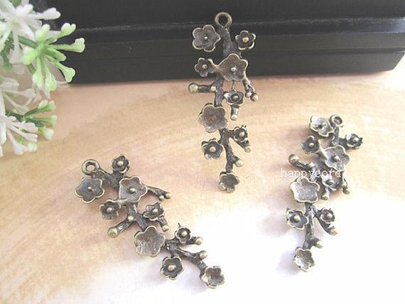 10pcs of  Antique Bronze plum flower branches pendant charm 15mmx42mm