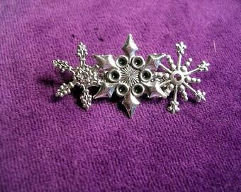 Three Piece Snowflake  Bar   Pin