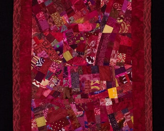 CRANBERRY//Art Quilt: Deep Reds Wallhanging/FREE SHIPPING