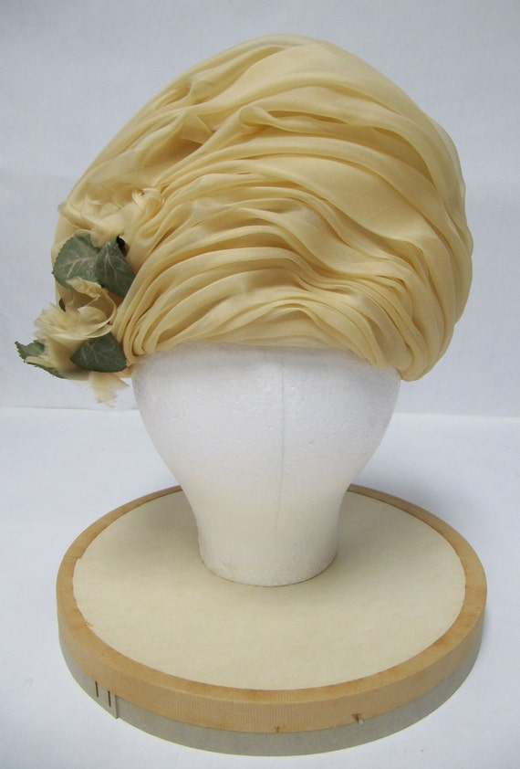 1960's Ivory Organza Turban Made in France