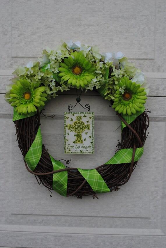 Erin Go Bragh Irish Wreath