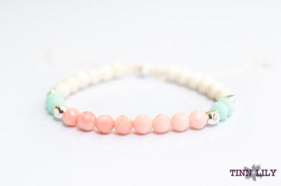 TINNLILY Peach and Mint Beaded Bracelet