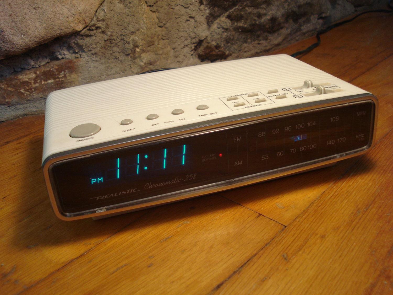 vintage realistic digital alarm clock radio. Black Bedroom Furniture Sets. Home Design Ideas