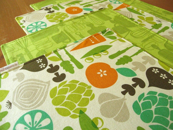 Garden Vegetable Placemats (4) with Carrots, Beets, Asparagus, Peas, Artichokes on a Natural Background -  Kitchy Kitchen Fabric