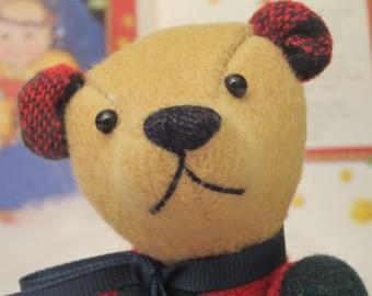 "ChristmasTeddy Bear  Red & Green Wool plaid Tom Thumbear 7"""