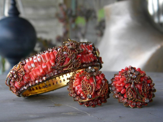 Early unsigned Miriam Haskell wired  faux coral and rhinestone bracelet and earrings 1940s