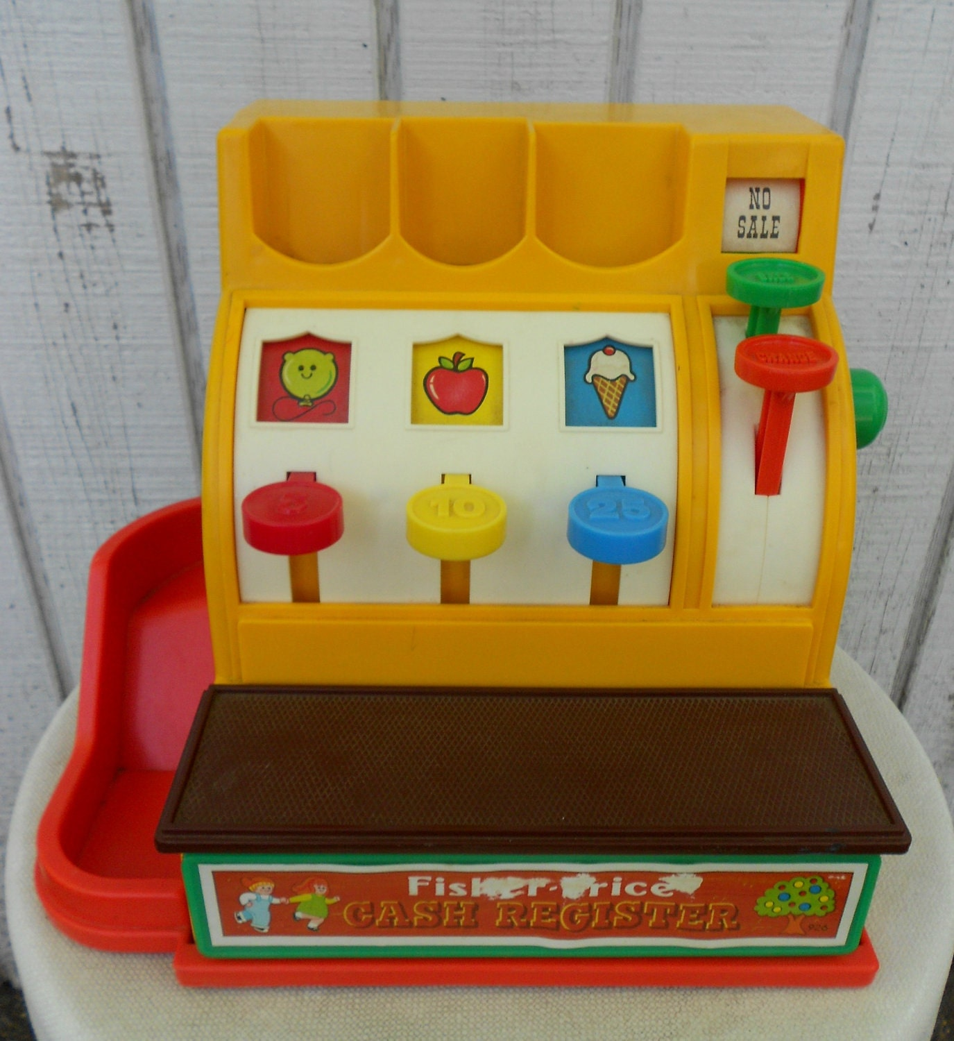 vintage fisher price cash register 70s toy child cashier. Black Bedroom Furniture Sets. Home Design Ideas