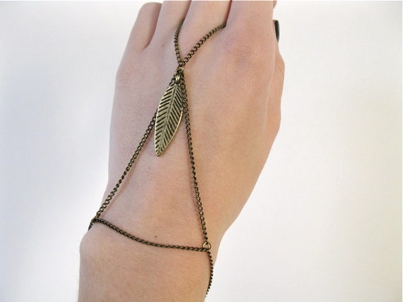 Spring Clearance Sale - FREE SHIPPING - Antique Gold Feather Slave Bracelet, Hand/Finger Jewelry