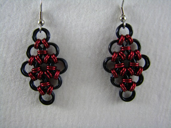 Japanese Diamond Earrings in black and red