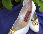 CLEARANCE SALE - Vintage Roberto Capucci All Leather Made In Italy White  Pumps Heels Size 6 1/2