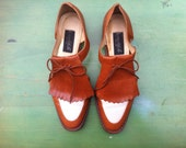 80s Women's Cutout Oxford Flats - Brown & White Two Tone, Size 8.5 Narrow or 7.5-8