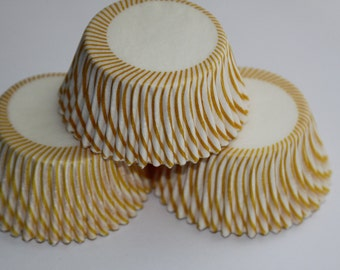50 White and Yellow Striped Baking Liners