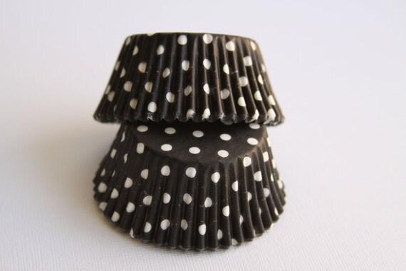 50 Black and White Polka Dot Baking Liners