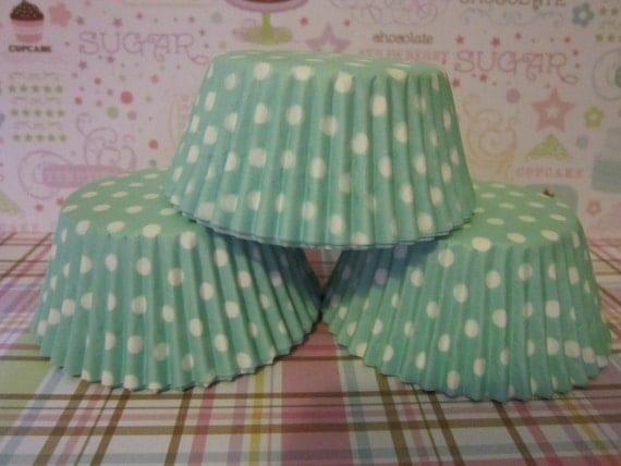 Light Green & White Polka Dot Standard Cupcake Baking Liners