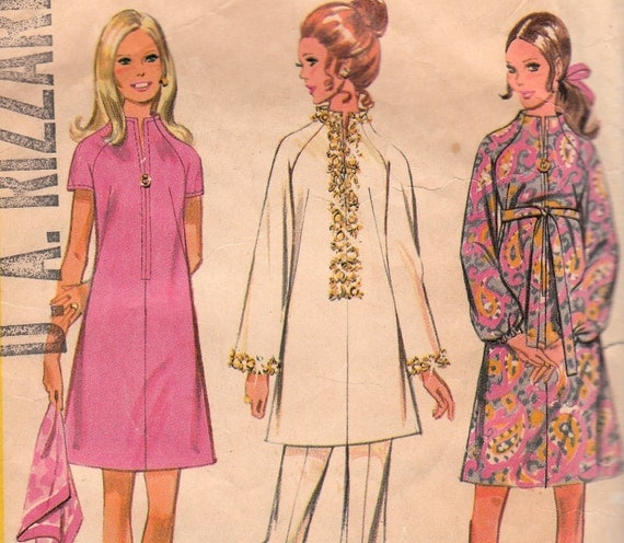 70s A-line Dress Pattern McCalls 2557 Size 12