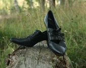 Black Leather Buckle Heels // Vintage 60s Pumps // US 9 EU 40