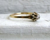 Lovely Antique 14K Yellow Gold Diamond Solitaire Engagement Ring