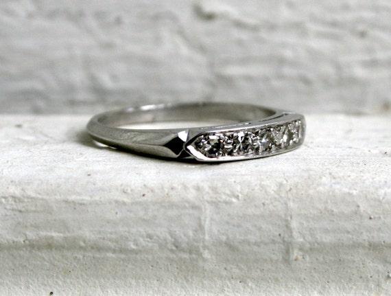 Classic Estate Platinum Five Diamond Wedding Band - 0.30ct