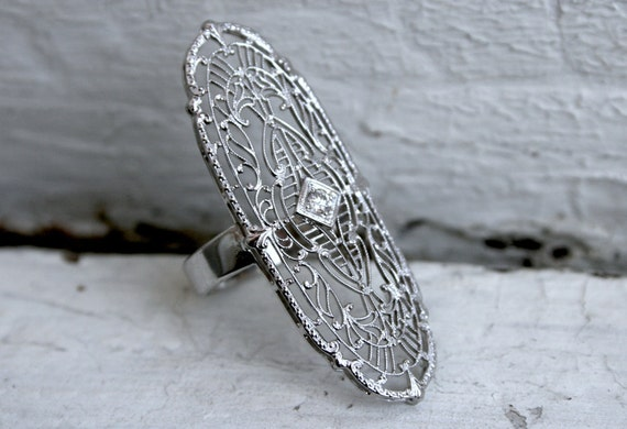 Large Amazing Vintage Filigree 14K White Gold Diamond Ring.