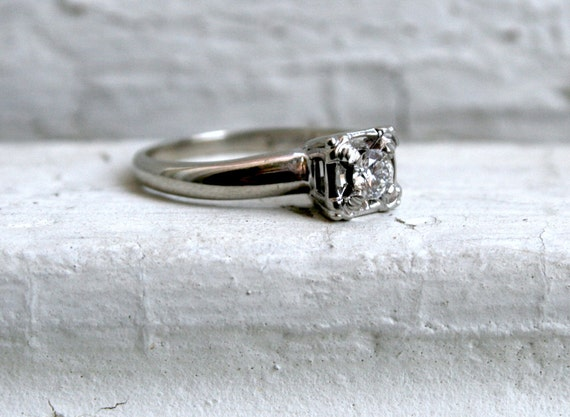 Simple, Classic, Vintage 14K White Gold Diamond Solitaire