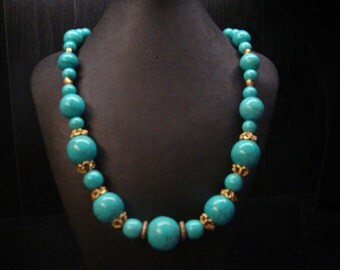 graduated blue green necklace