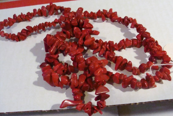 34 INCHES of  RED CORAL  chips
