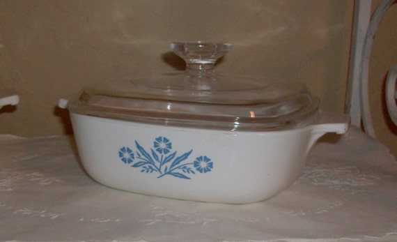 Price Reduced.......Corning Ware One Quart Cornflower Blue Casserole with Lid