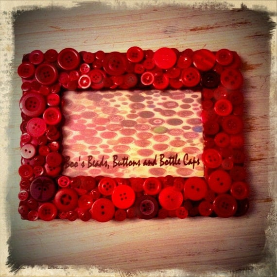 Handmade Red Button Photo Frame - 6x4 Inches