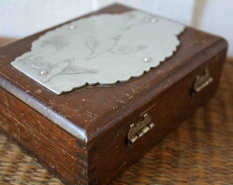 SALE wooden box, wood box, vintage wooden box, wood box with ducks