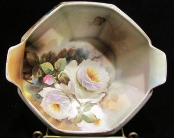 1930's hand painted Noritake bowl with floral decoration
