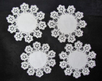 Vintage 1920's doilies, set of 4 linen doilies with hand made Cluny lace