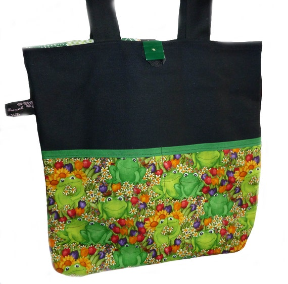Smart Frogs Tote Bag