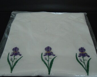 T-shirt with embroidered iris