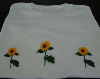 T-shirt with embroidered sunflowers