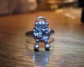 Tiny Robot Ring  :)