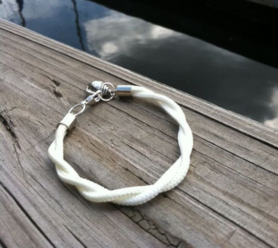 Nautical bracelet - sailing line with seashell  charm