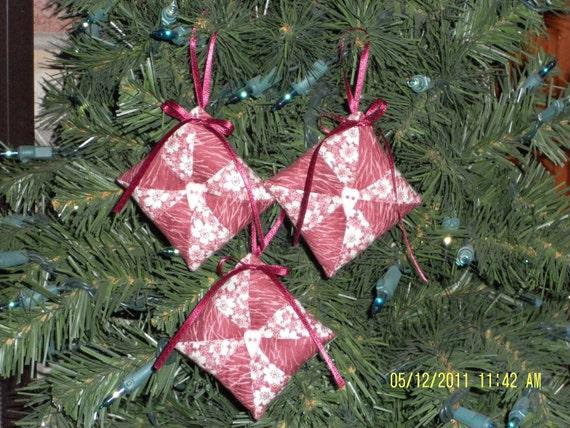 Primitive Patchwork Pinwheel Christmas Ornaments Tucks Bowl fillers - Set of 3
